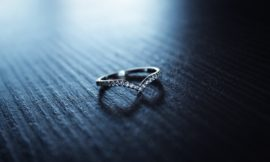 【豆知識】結婚指輪に入れる刻印とは?